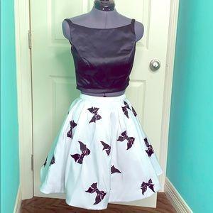 Sherri Hill sz 2 - 2 piece mid drift top & skirt